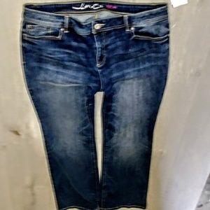 INC Jeans Plus Size 18x33 Curvy Boot Cut NWT